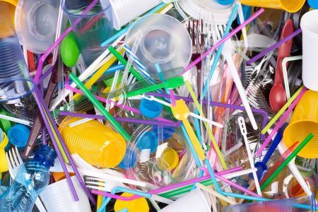 Idées décoration pour la maison : donner une seconde vie à vos objets plastiques